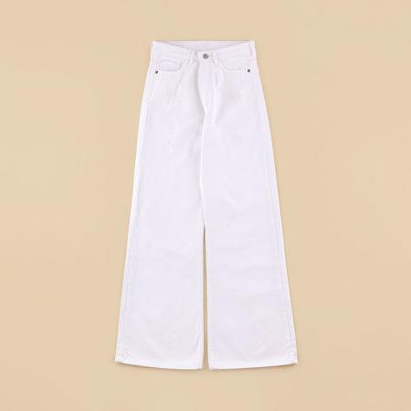 تصویر از شلوار جین بگ سفید